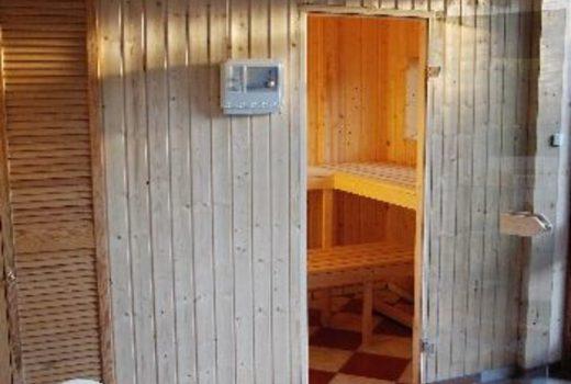 Eigene Sauna im Nebengebäude